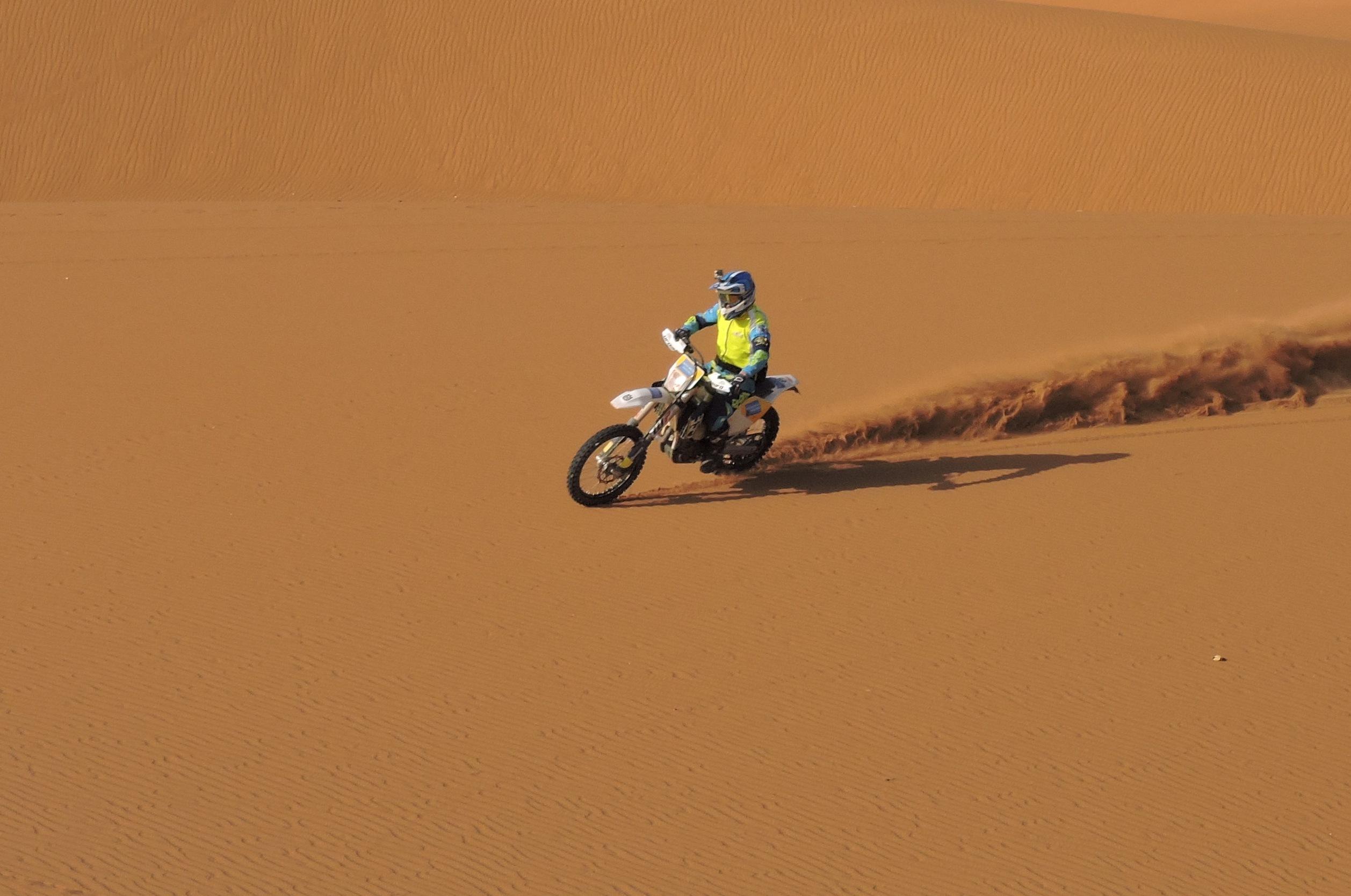 rando moto désert